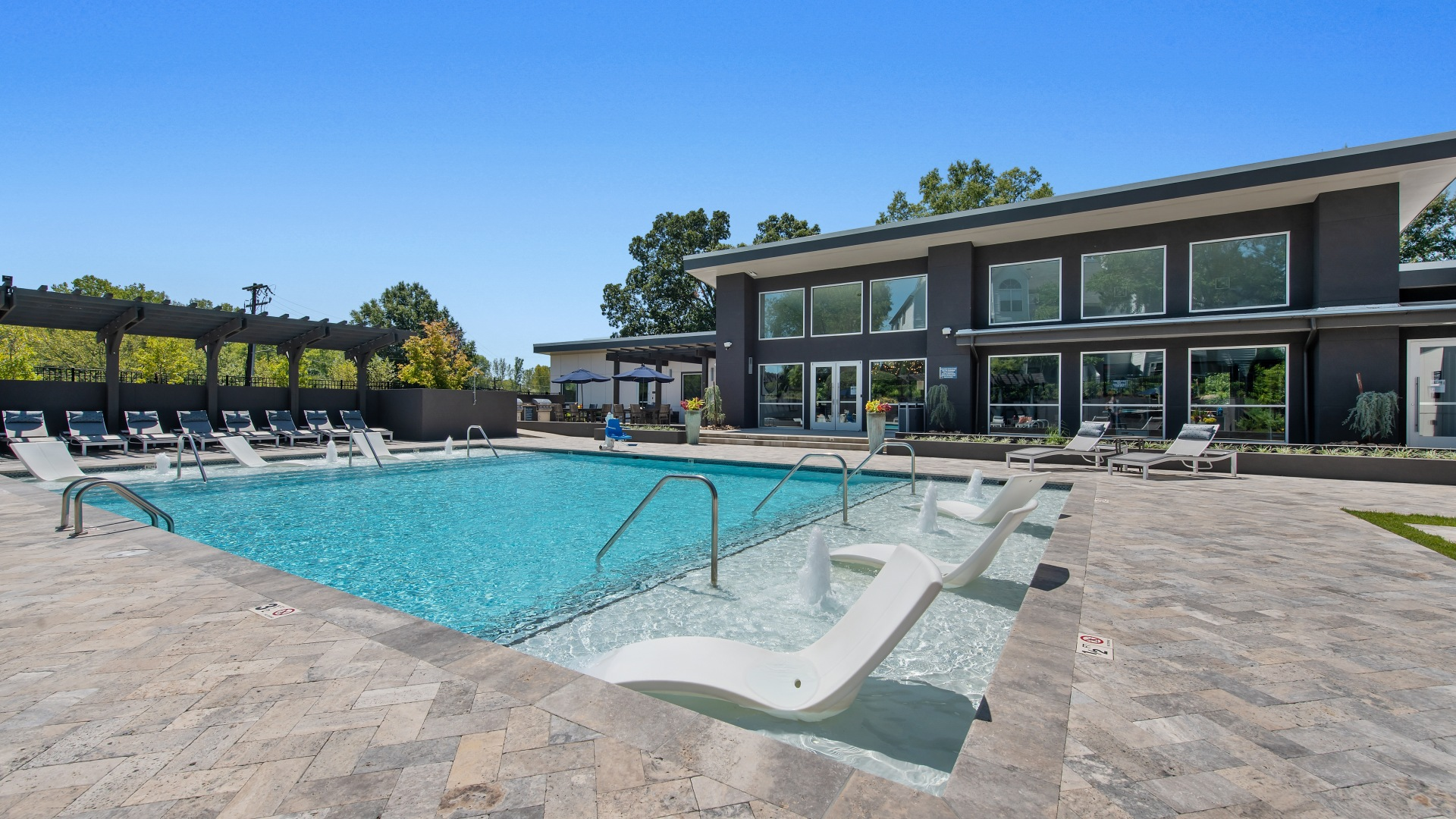 Apartments for rent in Charlotte, NC | Hunt Club