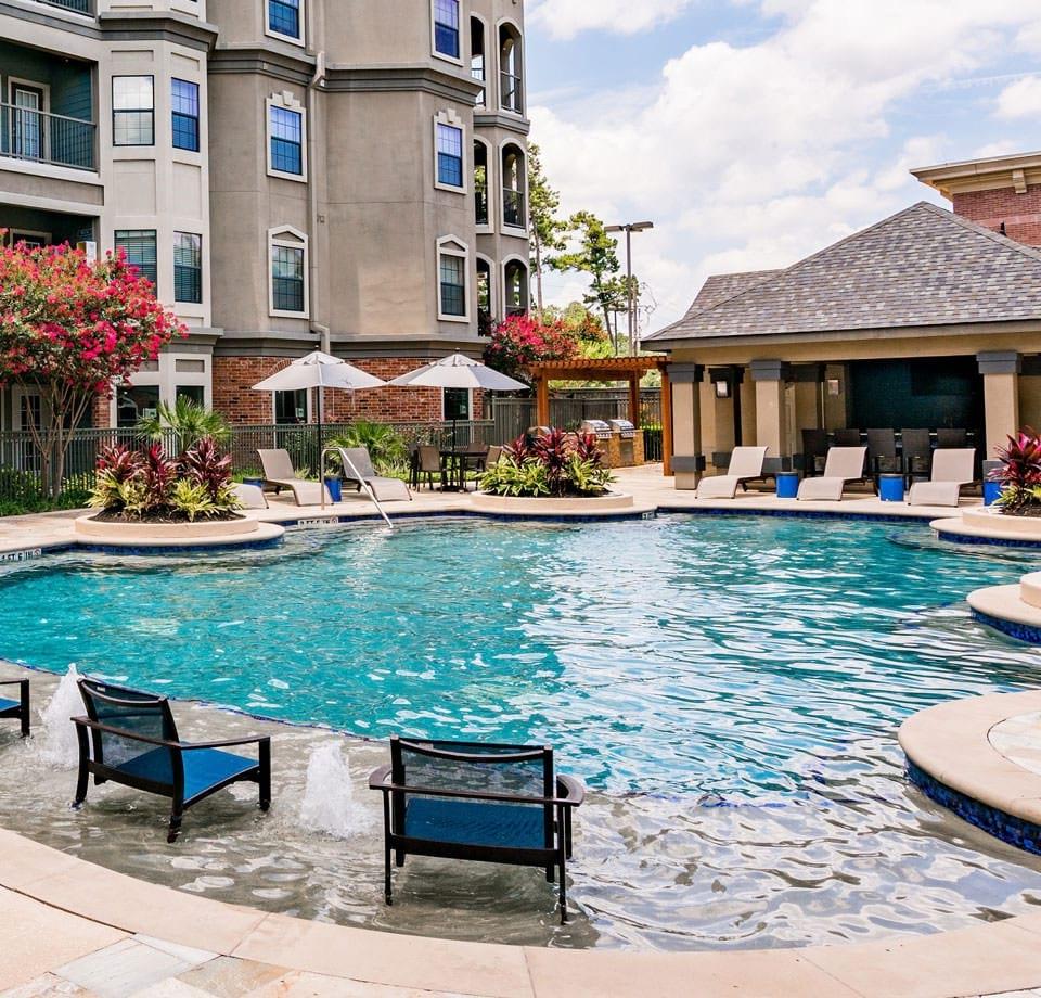 Kingwood Town Center: Pet Friendly Apartments In Kingwood, TX