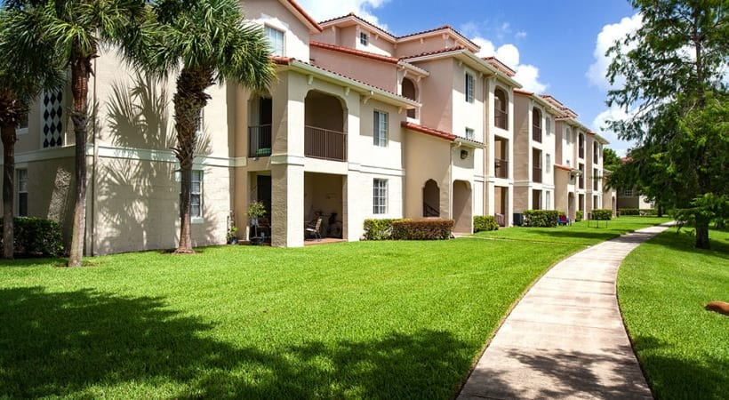 Exterior view of apartment complexes in West Palm Beach