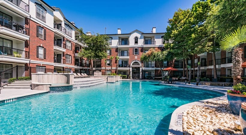 Apartments For Rent With Pool