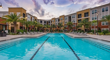 Disney World apartments with swimming pool