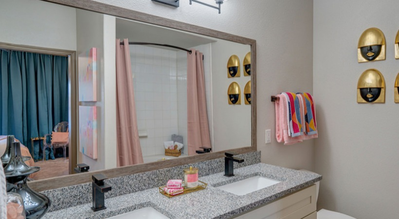 Double sink vanities at apartments near Medical Center Houston