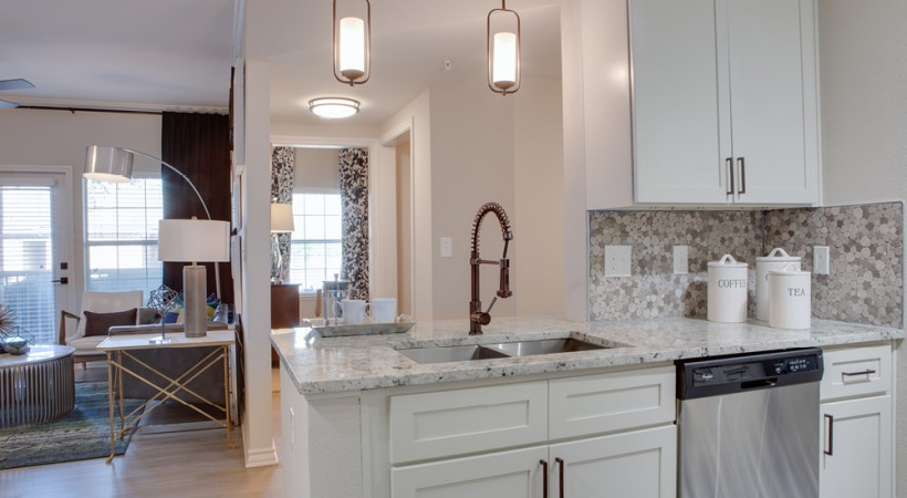 Granite countertops at Fossil Creek apartments