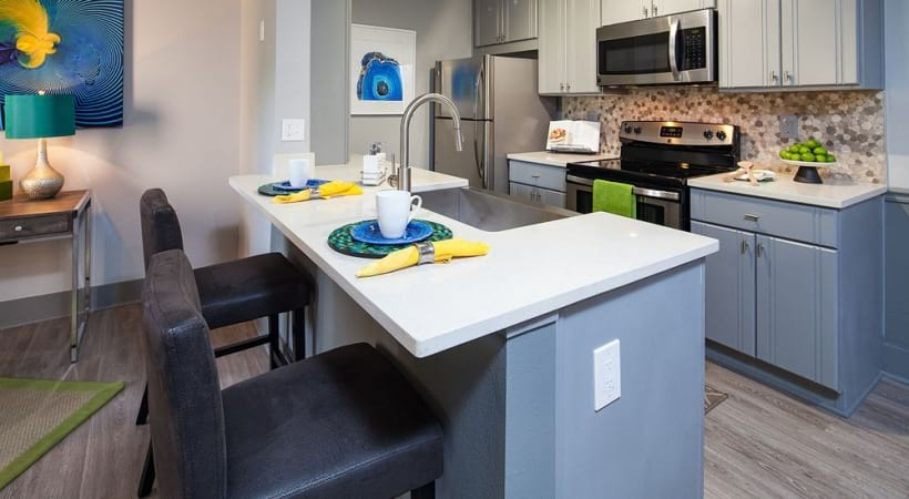 Bowery Bayside kitchen with breakfast nook