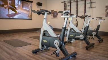 Apartments with Gym and Spin Studio