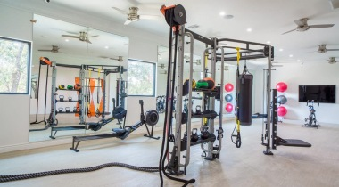 Apartment with fitness center at Aleo at North Glen