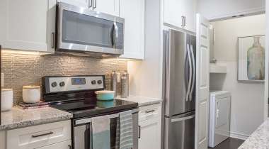 Apartments in Fort Worth with stainless steel appliances