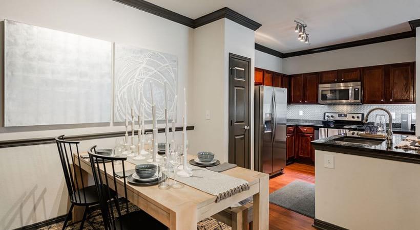 Spacious apartment floor plan at Cortland Lakemont