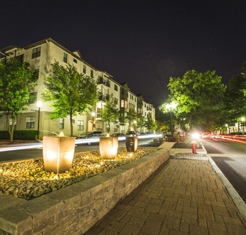 Town Center By Cortland: Pet Friendly Apartments In Columbus, OH