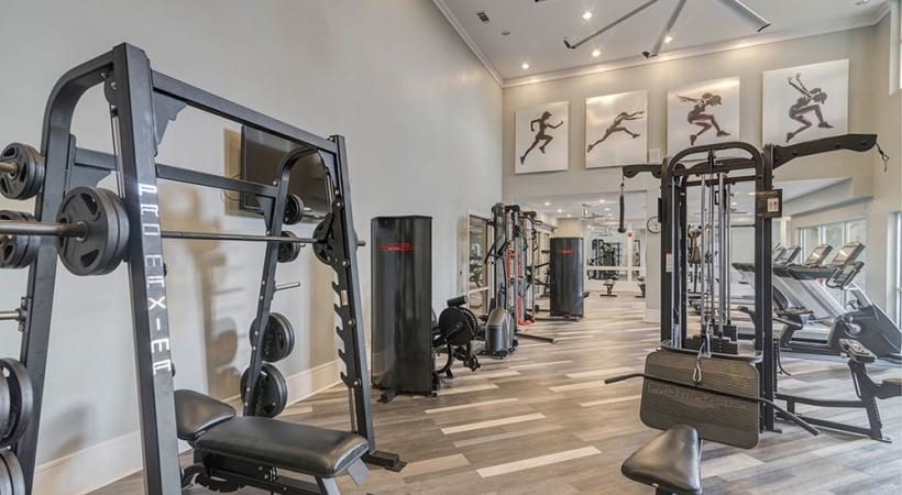 24/7 Fitness Center and Yoga/Spin Studio