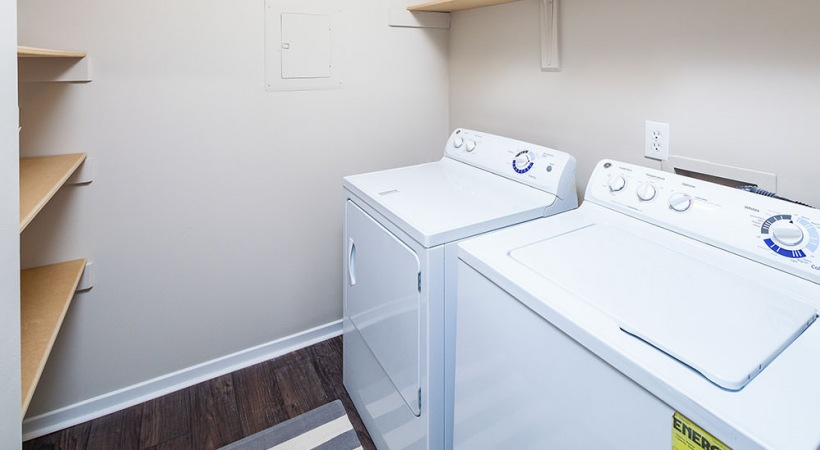 Apartments with washer and dryer included