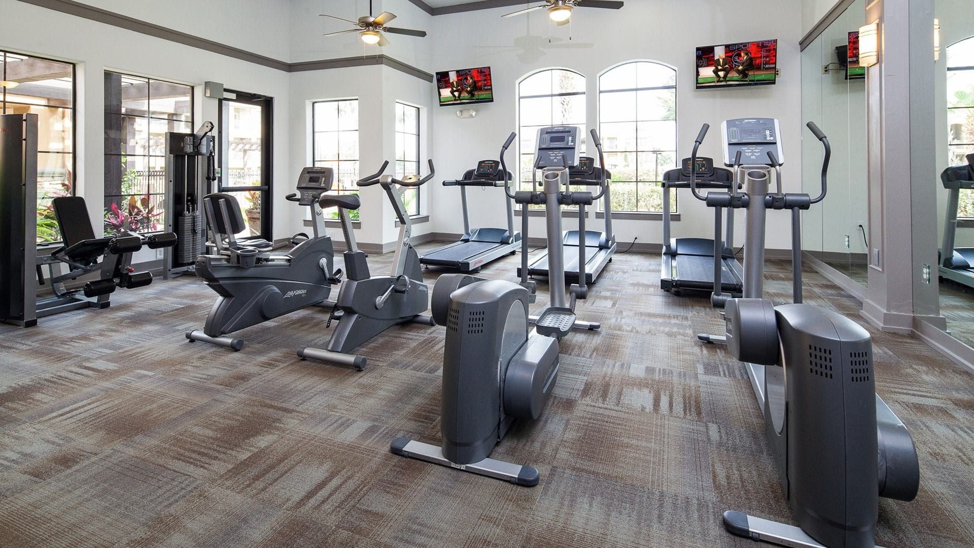 Houston apartments with gym at Cortland Vizcaya