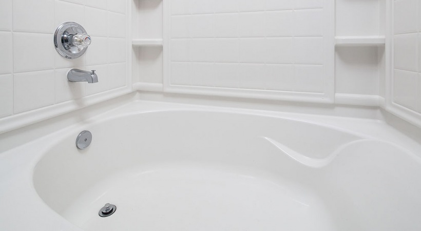Deep-Soaking Bathtubs at Apartments in Canal Winchester