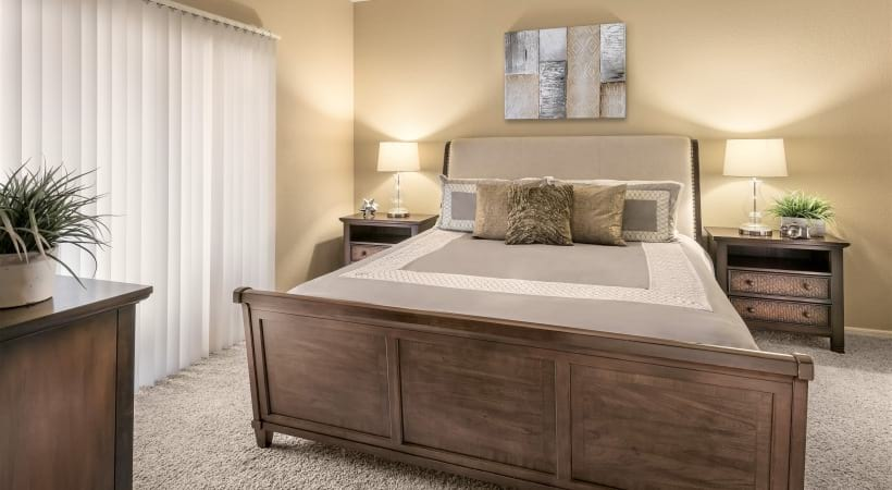 Spacious Bedrooms with High Ceilings at Cortland at Raven Apartments