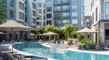 South Tampa apartments with swimming pool