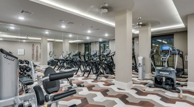 Las Colinas apartments with fitness center