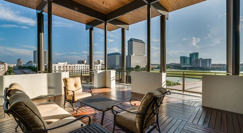 Rooftop lounge at luxury apartments in Irving, TX