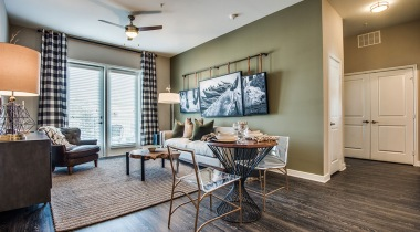 Las Colinas apartments with wood style flooring