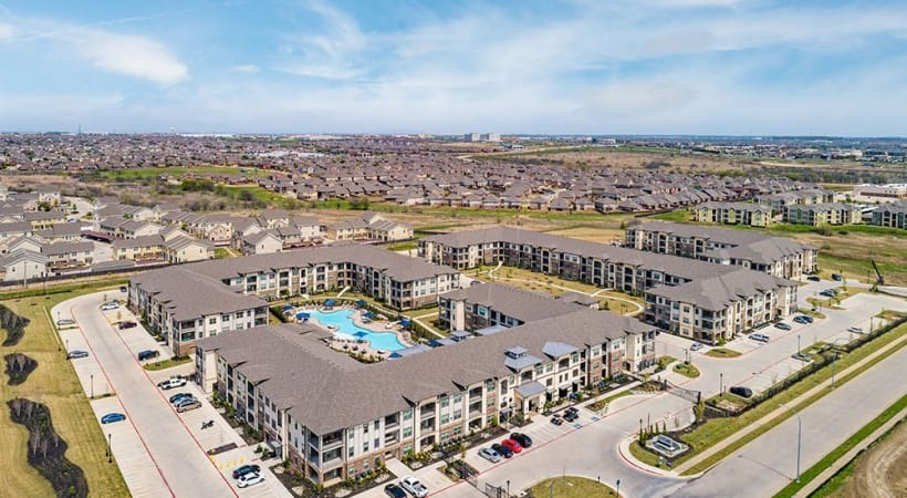 Aerial view of apartments in Fort Worth, TX
