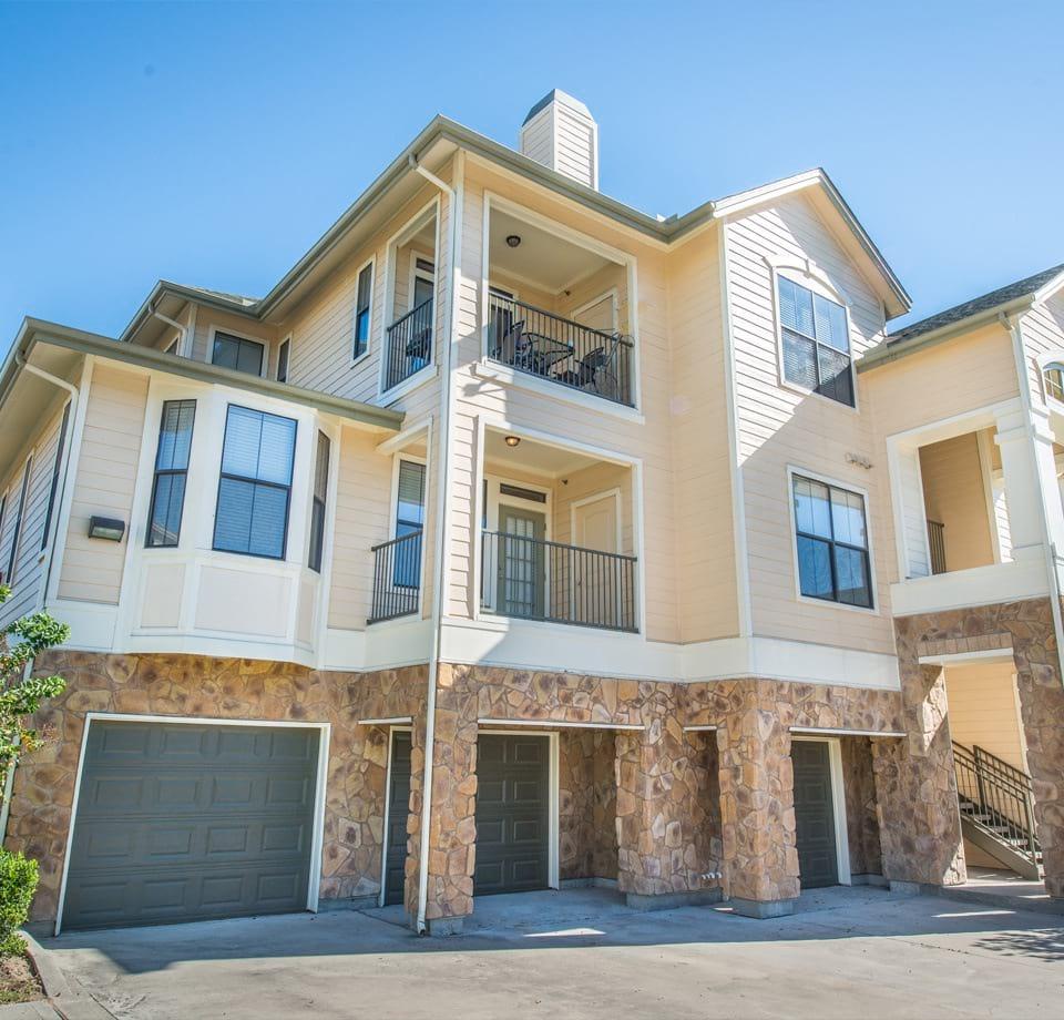 Apt On N Gessner: Beautiful Apartments In Houston, TX
