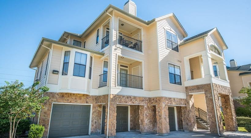 Apartments with Garages in Houston TX