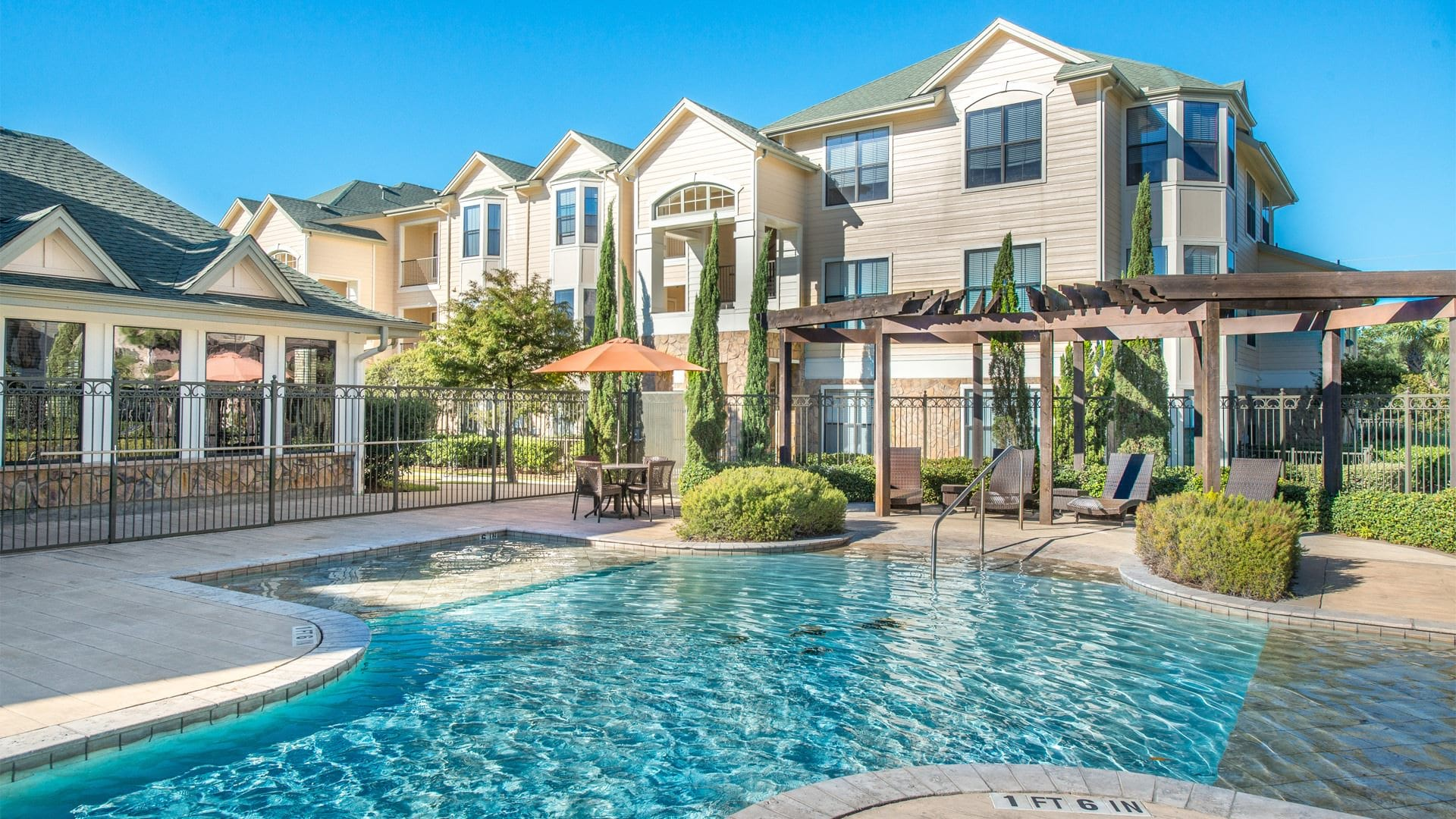 Apartment Complex with Pool