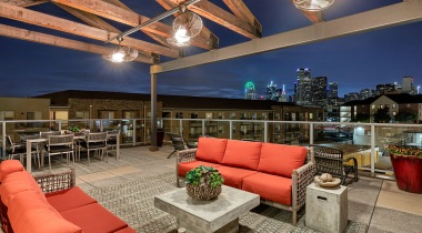 Rooftop lounge at apartments near Dallas Farmers Market