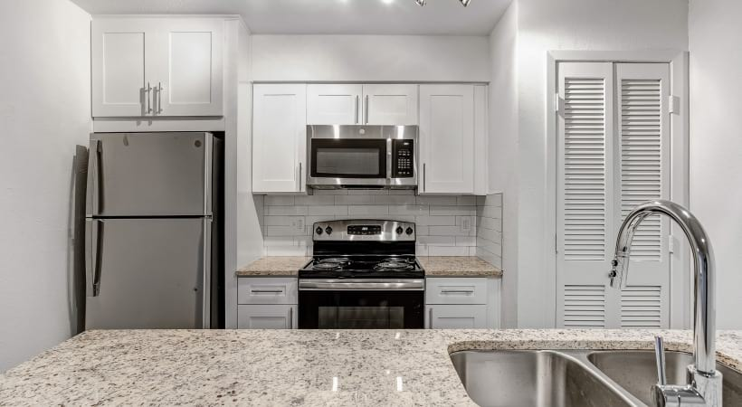 Newly-Renovated Homes with Granite Countertops