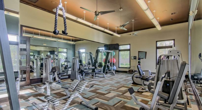 Clear Lake apartments with fitness center