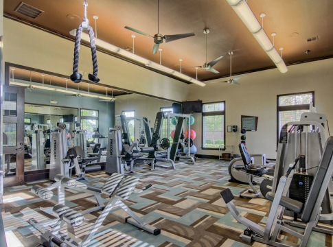 Apartments With Fitness Center