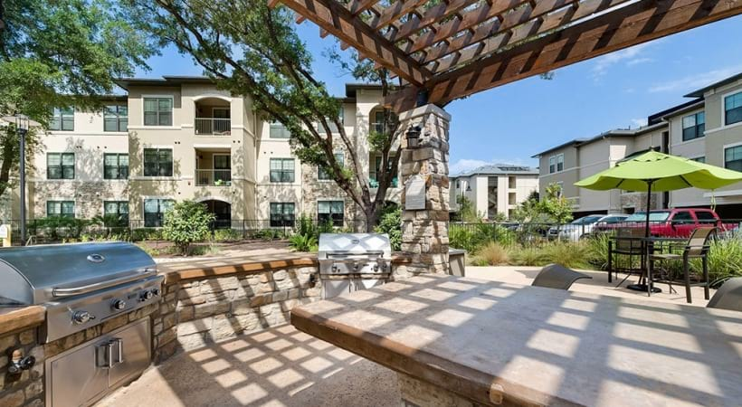Outdoor grills at our apartments on Broadway in San Antonio