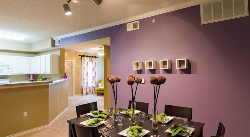 apartments with dining rooms