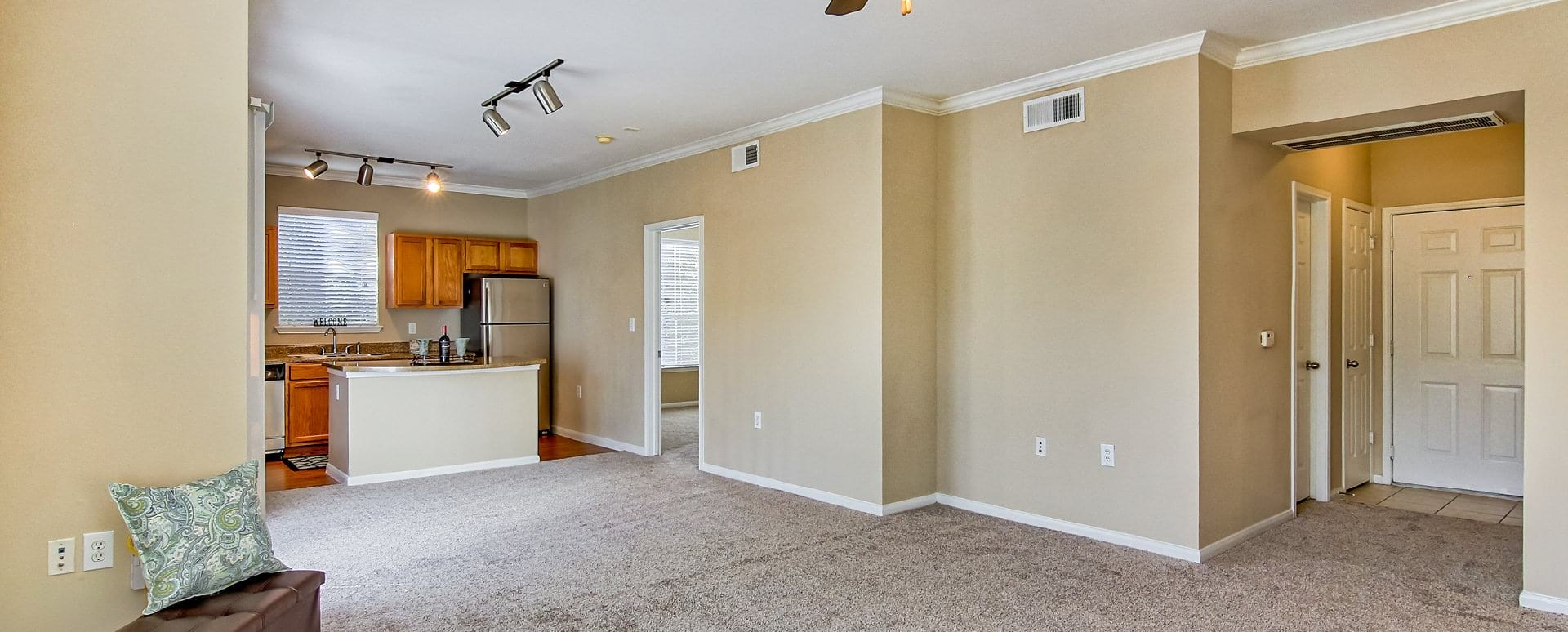Spacious Apartment Floor Plan at The Boulevard at Deer Park