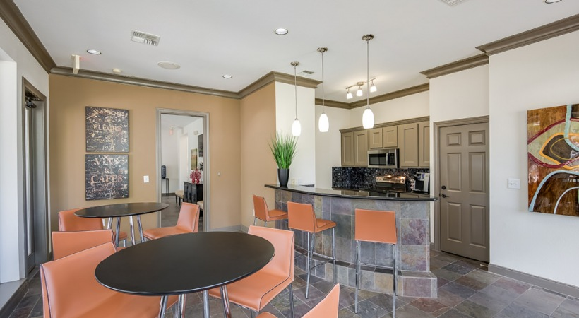 Kitchen and Tables at The Apartment Clubhouse