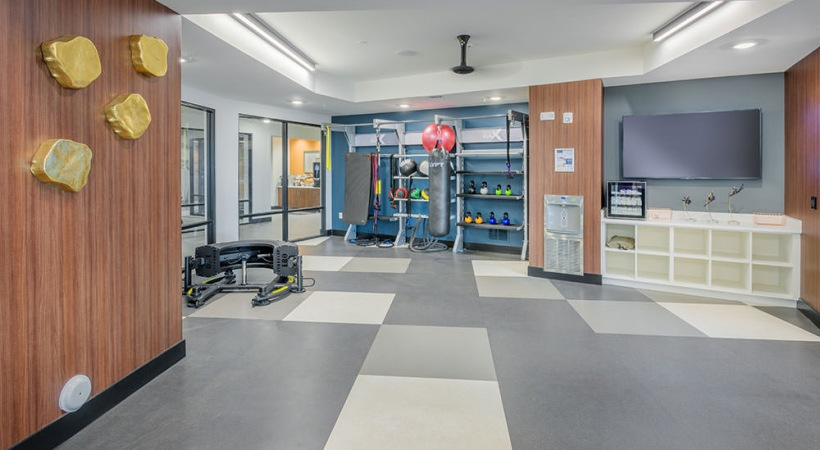 Our luxury apartments with gym offer 24/7 residential access and free group classes