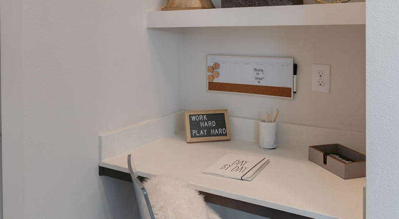 Built-In Desks with Shelving