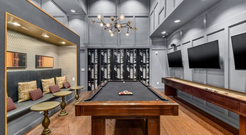 Resident clubhouse at Cortland Oak Lawn in Dallas, TX