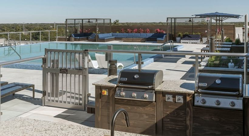 Rooftop Kitchen with Gas Grills