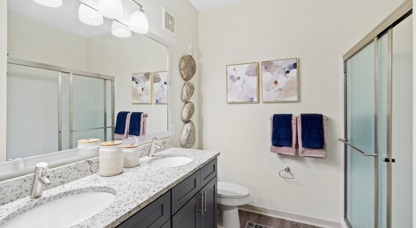 Double Sink Vanities at Our Modern Apartments in Broomfield, CO Near Flatirons