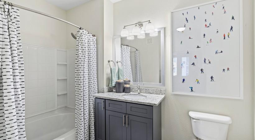 Spa-Like Bathrooms with Rainfall Showerheads