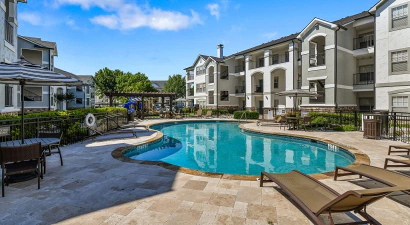 The Colony apartments with pools