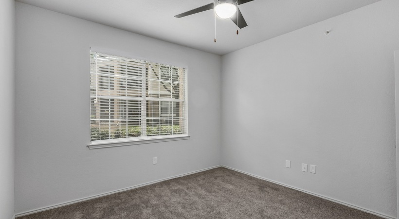 Spacious one bedroom apartments in West Plano, TX