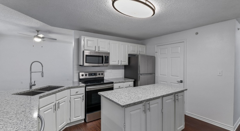 Spacious apartments in Irving