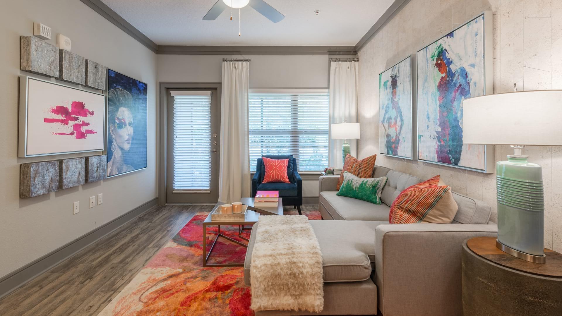 Cortland World Gateway Apartments Orlando