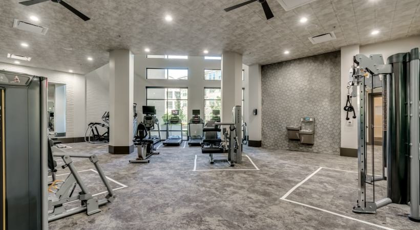 Our luxury apartments with fitness center has extensive equipment