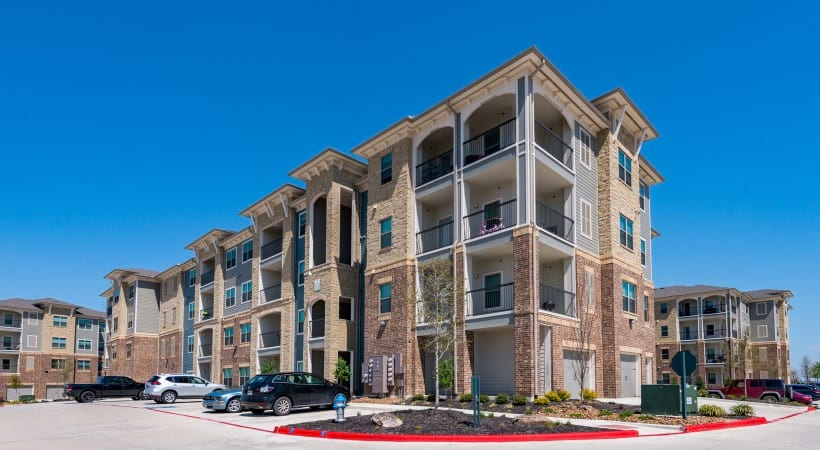 Our McKinney apartments with garages