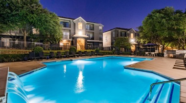 Resort-style pool at our luxury apartments in North Dallas