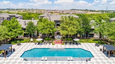 Aerial view of Cortland Walnut Hill's resort style pool