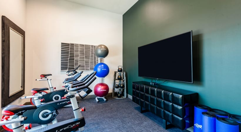 Irving apartments with fitness on-demand