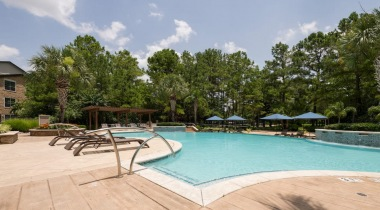 Resort style pool at The Lighthouse at Willowbrook